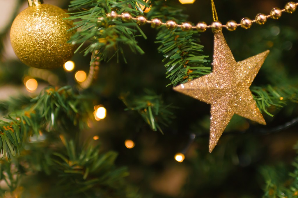 blurred-background-christmas-decoration-close-up-824306